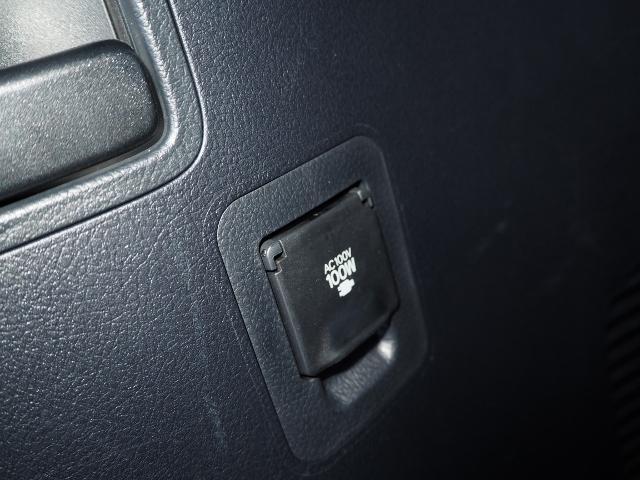 ZX 走行4600キロ ワンオーナー 禁煙車 セーフティセンス サンルーフ OP・モデリスタRスポイラー&マフラー OP・アーバンスポーツFスポイラー 黒革シート 純正SDナビ Bカメラ BSM(35枚目)