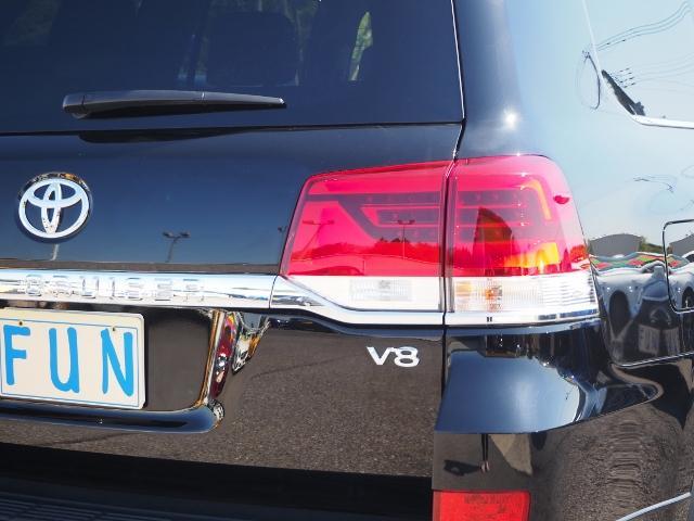 ZX 走行4600キロ ワンオーナー 禁煙車 セーフティセンス サンルーフ OP・モデリスタRスポイラー&マフラー OP・アーバンスポーツFスポイラー 黒革シート 純正SDナビ Bカメラ BSM(62枚目)