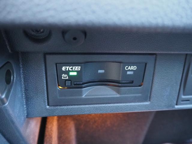 ベースグレード ワンオーナー 禁煙車 前進/後退時衝突軽減ブレーキ機能 ACC BSM 黒革シート ジェスチャーコントロール機能付ワイドナビ Bカメラ アクティブインフォディスプレイ(43枚目)