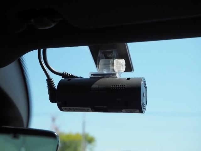 ベースグレード ワンオーナー 禁煙車 前進/後退時衝突軽減ブレーキ機能 ACC BSM 黒革シート ジェスチャーコントロール機能付ワイドナビ Bカメラ アクティブインフォディスプレイ(55枚目)