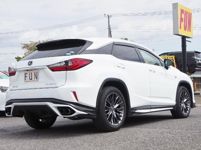 RX200t Fスポーツ 4WD 走行0.8万K 1オーナー禁煙 OP・TRDエアロ&マフラー セーフティシステムプラス OP・パノラマムーンルーフ OP・全周囲 OP・BSM/RCTA/ICS OP・RシートヒーターPシート(5枚目)