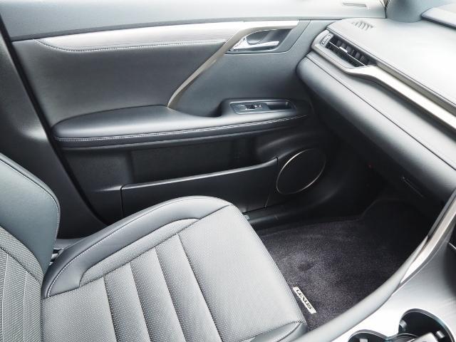 RX200t Fスポーツ 4WD 走行0.8万K 1オーナー禁煙 OP・TRDエアロ&マフラー セーフティシステムプラス OP・パノラマムーンルーフ OP・全周囲 OP・BSM/RCTA/ICS OP・RシートヒーターPシート(65枚目)