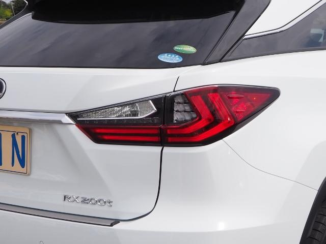 RX200t Fスポーツ 4WD 走行0.8万K 1オーナー禁煙 OP・TRDエアロ&マフラー セーフティシステムプラス OP・パノラマムーンルーフ OP・全周囲 OP・BSM/RCTA/ICS OP・RシートヒーターPシート(70枚目)