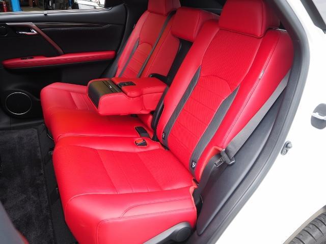RX300 Fスポーツ 4WD 走行0.6万キロ セーフティシステムプラス OP・TRDフロントスポイラー OP・パノラマルーフ OP・PKSB/BSM/ 全周囲 OP・後席シートヒーター OP・寒冷地仕様 HUD 赤革(29枚目)