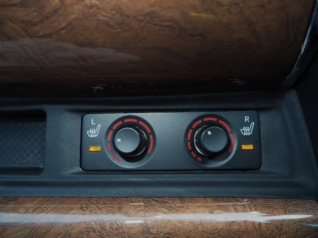 エグゼクティブラウンジ 1オーナー禁煙車 OP・ツインサンルーフ OP・モデリスタエアロキット JBLサウンド メーカーナビ&リヤエンタメ&全周囲 プリクラ&レーダークルーズ 黒革 Pバックドア 両自動 OP・置くだけ充電(44枚目)