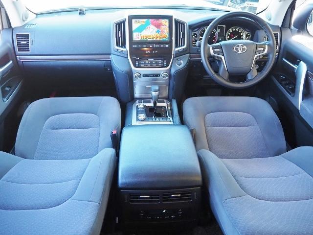 AX 走行4100キロ ワンオーナー禁煙車 セーフティセンス OP・メーカーSDナビ&マルチテレインモニター BSM OP・寒冷地仕様車 LEDヘッドランプ 純正ドライブレコーダー(19枚目)