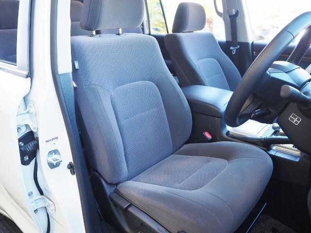 AX 走行4100キロ ワンオーナー禁煙車 セーフティセンス OP・メーカーSDナビ&マルチテレインモニター BSM OP・寒冷地仕様車 LEDヘッドランプ 純正ドライブレコーダー(20枚目)