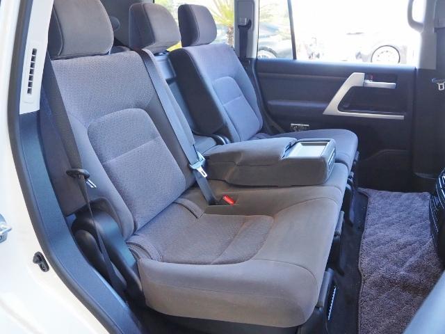 AX 走行4100キロ ワンオーナー禁煙車 セーフティセンス OP・メーカーSDナビ&マルチテレインモニター BSM OP・寒冷地仕様車 LEDヘッドランプ 純正ドライブレコーダー(25枚目)