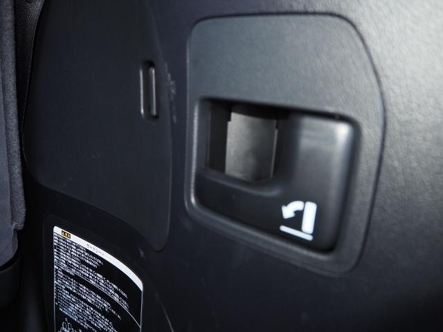 AX 走行4100キロ ワンオーナー禁煙車 セーフティセンス OP・メーカーSDナビ&マルチテレインモニター BSM OP・寒冷地仕様車 LEDヘッドランプ 純正ドライブレコーダー(29枚目)