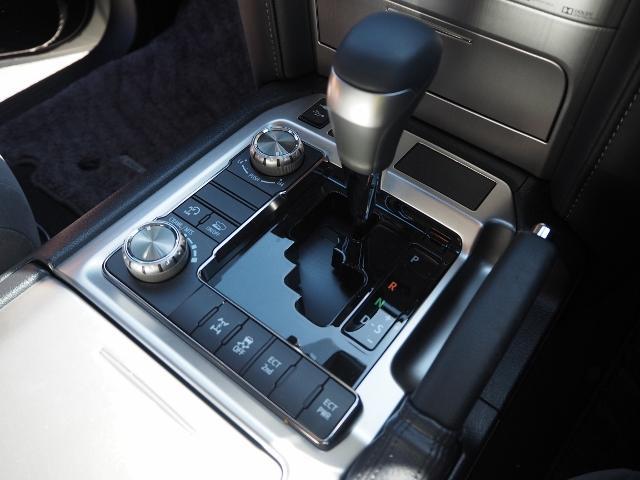 AX 走行4100キロ ワンオーナー禁煙車 セーフティセンス OP・メーカーSDナビ&マルチテレインモニター BSM OP・寒冷地仕様車 LEDヘッドランプ 純正ドライブレコーダー(42枚目)
