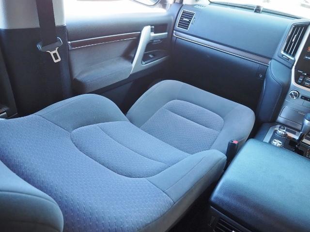 AX 走行4100キロ ワンオーナー禁煙車 セーフティセンス OP・メーカーSDナビ&マルチテレインモニター BSM OP・寒冷地仕様車 LEDヘッドランプ 純正ドライブレコーダー(47枚目)