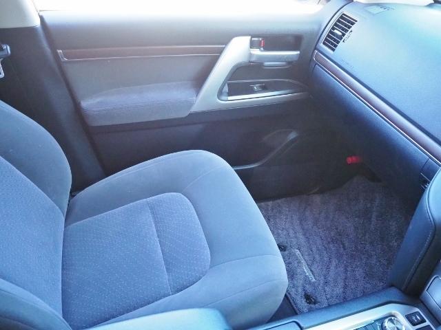 AX 走行4100キロ ワンオーナー禁煙車 セーフティセンス OP・メーカーSDナビ&マルチテレインモニター BSM OP・寒冷地仕様車 LEDヘッドランプ 純正ドライブレコーダー(51枚目)