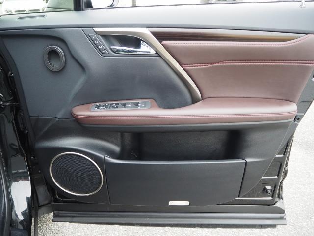 RX300 バージョンL 9千km 1オーナー禁煙車  OPマクレビ OPリヤエンタメ OPパノラマムーンルーフ&ルーフレール OPモデリスタエアロ OP置くだけ充電 OP・AW(66枚目)