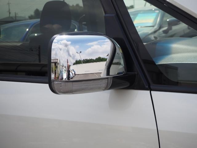 D プレミアム ワンオーナー禁煙車 キャプテンシート7人乗り メーカーナビ マルチアラウンドモニター ロックフォード 両自動 Pバックドア シートヒーター(17枚目)