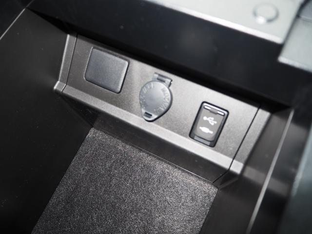 ZR 1オーナー禁煙車 セーフティセンス OP・2SR OP・三眼LED/シーケンシャル OP・BSM OP・JBLサウンド メーカーナビ&リヤエンタメ&パノラミックビュー 両自動 Pバックドア 本革シート(48枚目)