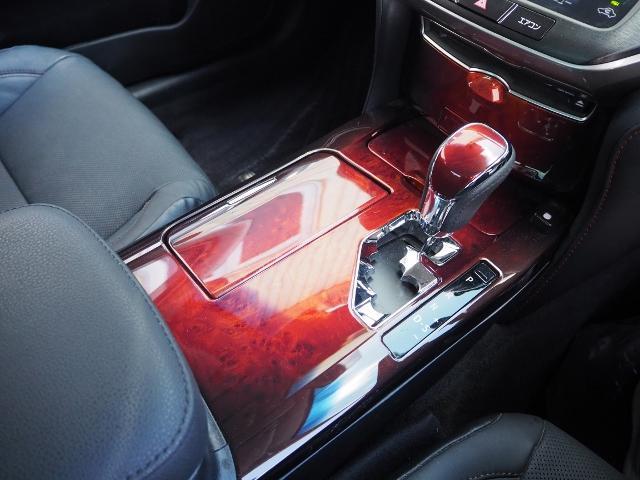 Fバージョン ワンオーナー 禁煙車 セーフティセンス BSM 黒革シート TコネクトSDナビ バックカメラ LEDヘッドランプ OP・18インチAW(43枚目)