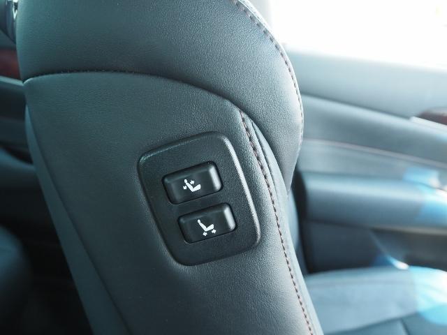 Fバージョン ワンオーナー 禁煙車 セーフティセンス BSM 黒革シート TコネクトSDナビ バックカメラ LEDヘッドランプ OP・18インチAW(46枚目)