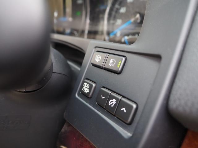 ベースグレード メーカーオプション18インチAW BSM ソナー メーカーSDナビ バックカメラ フラクセンファブリックシート/シートヒーター LEDヘッドランプ(33枚目)