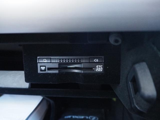 LS600hL エグゼクティブパッケージ 最終型ワイドナビゲーション法人ワンオーナー車 禁煙 OP・革張りインパネ マクレビ リヤエンタメ ワイドSDナビ Bカメラ 前後プリクラ Rクルーズ LKA BSM 黒革 Pトランク(52枚目)