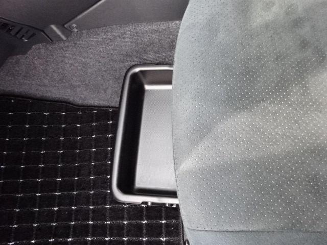 G Lパッケージ  SDナビ HIDヘッドライト(16枚目)