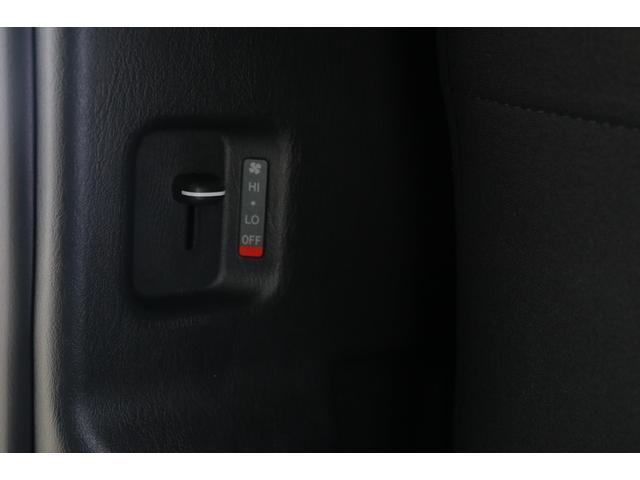 ロングスーパーGL 4WD ラジオ HIDヘッドライト キーレス セーフティーセンス ワンオーナー(18枚目)
