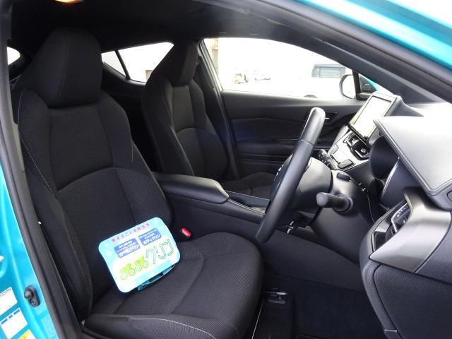 トヨタ C-HR S-T 4WD トヨタセーフティーセンス 当社試乗車