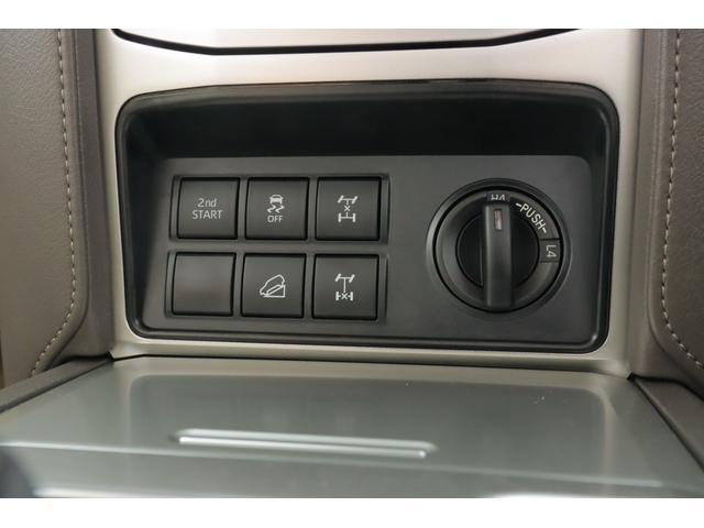 TX Lパッケージ 4WD MOPナビ フルセグ Bモニター 本革 パノラミックビューモニター サンルーフ ETC BSM ワンオーナー 7人(12枚目)