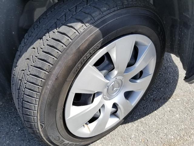 タイヤサイズ175/65R14タイヤの溝まだまだあります!