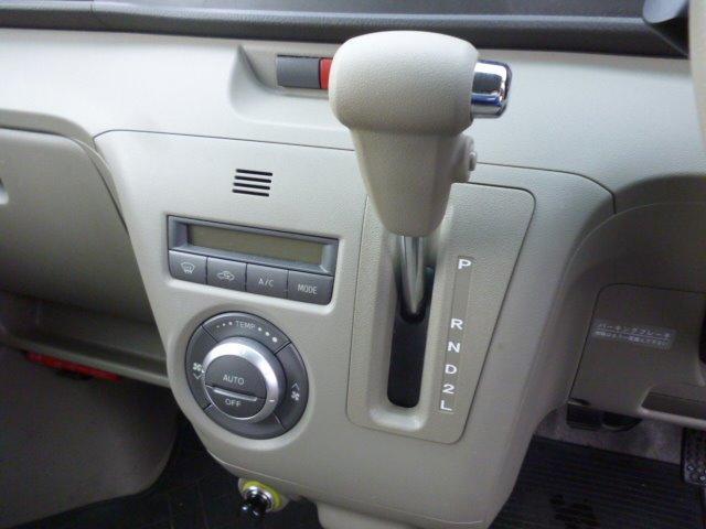 RS ターボ 4WD HIDヘッドライト フォグランプ 13インチアルミ CDデッキ オートエアコン(11枚目)