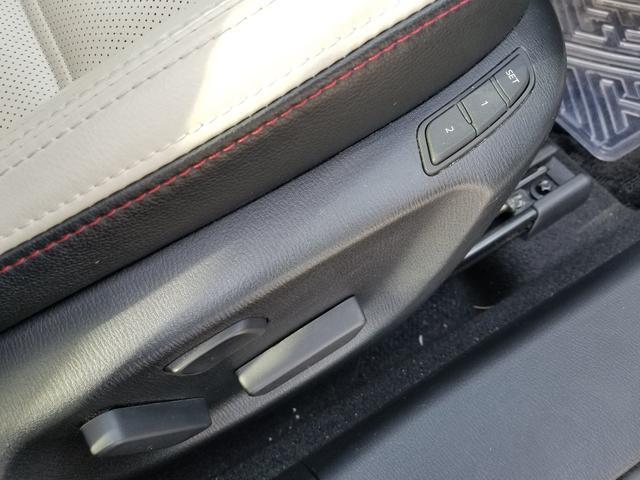 XD Lパッケージ 7インチSDナビフルセグTVホワイトレザーBoseサウンドシステムワンオーナースマートシティブレーキレーダークルーズコントロール運転席助手席パワーシートシートヒーター(20枚目)