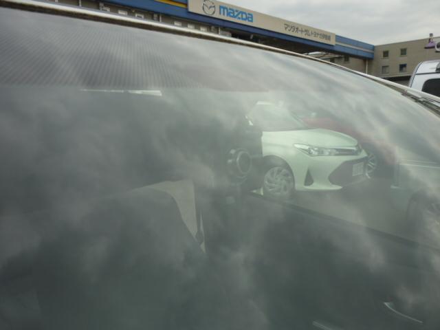 S ワンオーナー SDナビ バックカメラ クリアランスソナー ステアリングスイッチ ETC フロアマット ドアバイザー ハイブリッドカー フォグランプ キーフリー(22枚目)