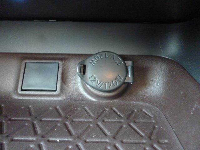 ハイブリッドG TRDエアロパーツ レザーシート クルーズコントロール パワーバックドア シートヒーター バックカメラ 純正9インチSDナビゲーション LEDヘッドライト キーフリー パワーシート(22枚目)
