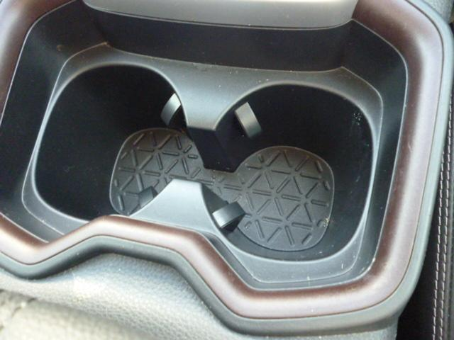 ハイブリッドG TRDエアロパーツ レザーシート クルーズコントロール パワーバックドア シートヒーター バックカメラ 純正9インチSDナビゲーション LEDヘッドライト キーフリー パワーシート(30枚目)