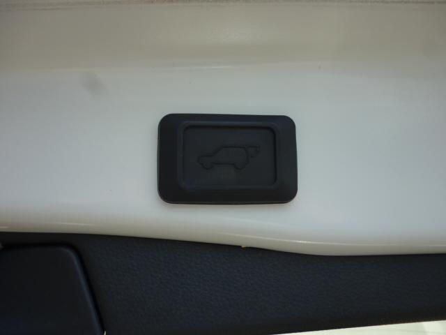 ハイブリッドG TRDエアロパーツ レザーシート クルーズコントロール パワーバックドア シートヒーター バックカメラ 純正9インチSDナビゲーション LEDヘッドライト キーフリー パワーシート(34枚目)