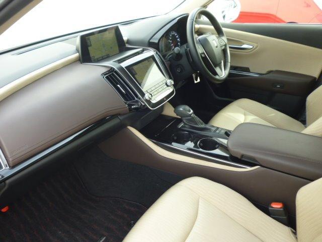 S Cパッケージ 純正ナビ フルセグ 全方位モニター ETC車載器 トヨタセーフティセンス ヘッドアップディスプレイ LEDヘッドライト パワーシート シートヒーター ステアリングヒーター 17インチアルミ(9枚目)