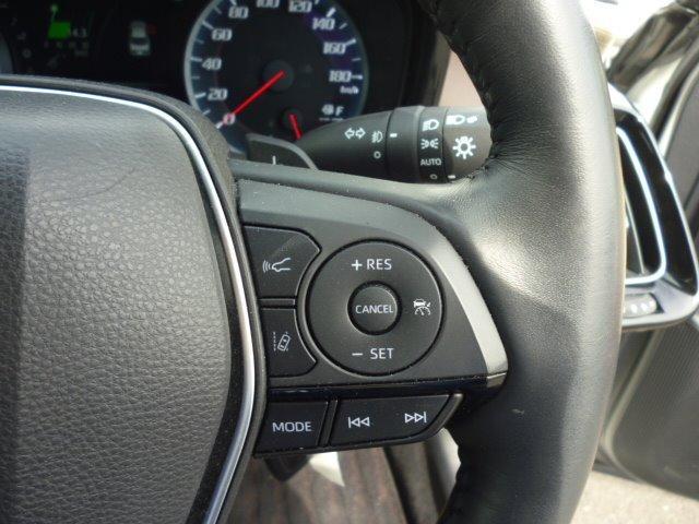 S Cパッケージ 純正ナビ フルセグ 全方位モニター ETC車載器 トヨタセーフティセンス ヘッドアップディスプレイ LEDヘッドライト パワーシート シートヒーター ステアリングヒーター 17インチアルミ(11枚目)