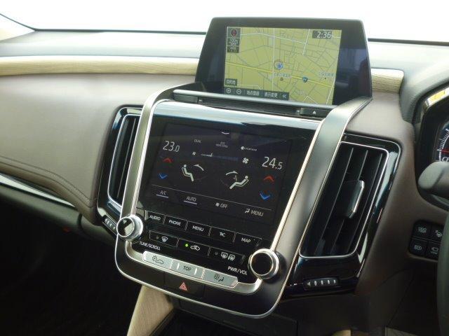 S Cパッケージ 純正ナビ フルセグ 全方位モニター ETC車載器 トヨタセーフティセンス ヘッドアップディスプレイ LEDヘッドライト パワーシート シートヒーター ステアリングヒーター 17インチアルミ(12枚目)