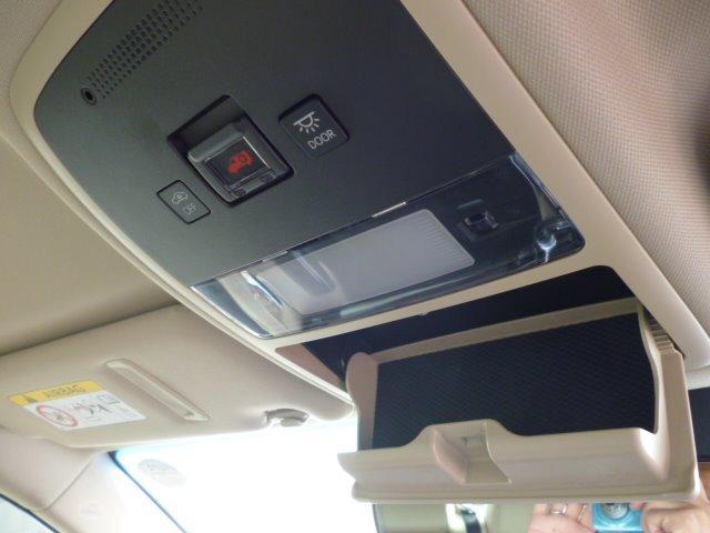 S Cパッケージ 純正ナビ フルセグ 全方位モニター ETC車載器 トヨタセーフティセンス ヘッドアップディスプレイ LEDヘッドライト パワーシート シートヒーター ステアリングヒーター 17インチアルミ(21枚目)