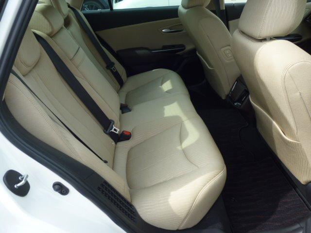 S Cパッケージ 純正ナビ フルセグ 全方位モニター ETC車載器 トヨタセーフティセンス ヘッドアップディスプレイ LEDヘッドライト パワーシート シートヒーター ステアリングヒーター 17インチアルミ(23枚目)