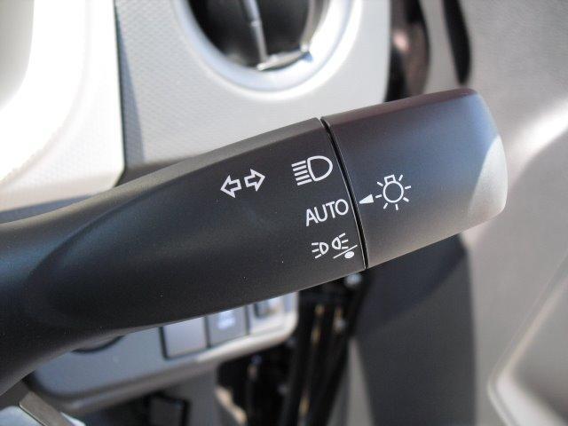L 届出済未使用車 デュアルセンサーブレーキサポート 後退時ブレーキサポート 運転席シートヒーター アイドリングストップ スペアキー(17枚目)
