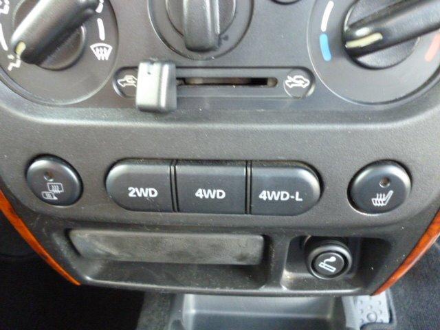 ランドベンチャー 特別仕様車 4WD ターボ キーレスエントリー フォグランプ 社外16インチアルミ 運転席シートヒーター ETC車載器 スペアキー(12枚目)