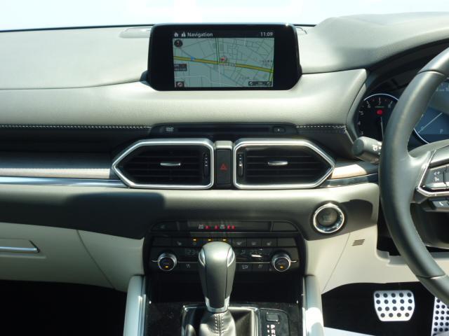 25T Lパッケージ 4WD マツダコネクトナビゲーション 360度ビューカメラ ホワイトレザーシート パワーバックドア LEDヘッドライト運転席助手席シートヒーターシートクーラースマートシティブレーキサポート(9枚目)