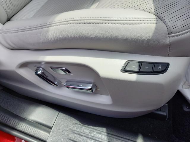 25T Lパッケージ 4WD マツダコネクトナビゲーション 360度ビューカメラ ホワイトレザーシート パワーバックドア LEDヘッドライト運転席助手席シートヒーターシートクーラースマートシティブレーキサポート(13枚目)