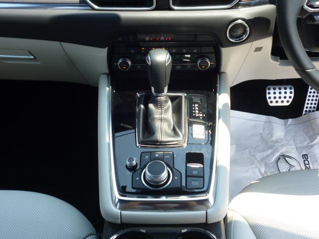 25T Lパッケージ 4WD マツダコネクトナビゲーション 360度ビューカメラ ホワイトレザーシート パワーバックドア LEDヘッドライト運転席助手席シートヒーターシートクーラースマートシティブレーキサポート(14枚目)