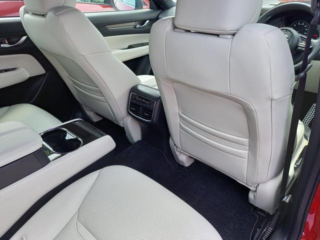 25T Lパッケージ 4WD マツダコネクトナビゲーション 360度ビューカメラ ホワイトレザーシート パワーバックドア LEDヘッドライト運転席助手席シートヒーターシートクーラースマートシティブレーキサポート(19枚目)