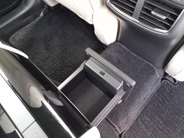 25T Lパッケージ 4WD マツダコネクトナビゲーション 360度ビューカメラ ホワイトレザーシート パワーバックドア LEDヘッドライト運転席助手席シートヒーターシートクーラースマートシティブレーキサポート(23枚目)