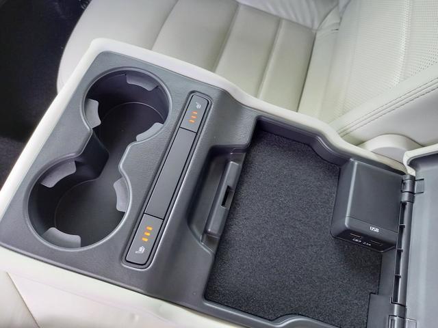 XD Lパッケージ レザーシート シートヒーター パワーバックドア ステアリングスイッチ アダプティブクルーズコントロール バックカメラ ETC フルオートエアコン パワーシート マツダコネクト(26枚目)