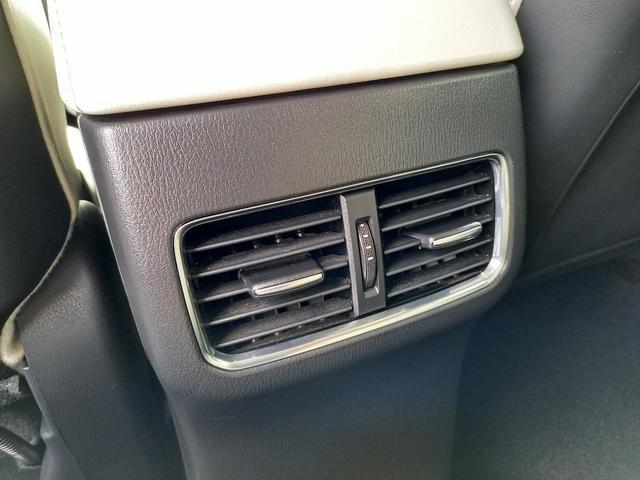 XD Lパッケージ レザーシート シートヒーター パワーバックドア ステアリングスイッチ アダプティブクルーズコントロール バックカメラ ETC フルオートエアコン パワーシート マツダコネクト(29枚目)