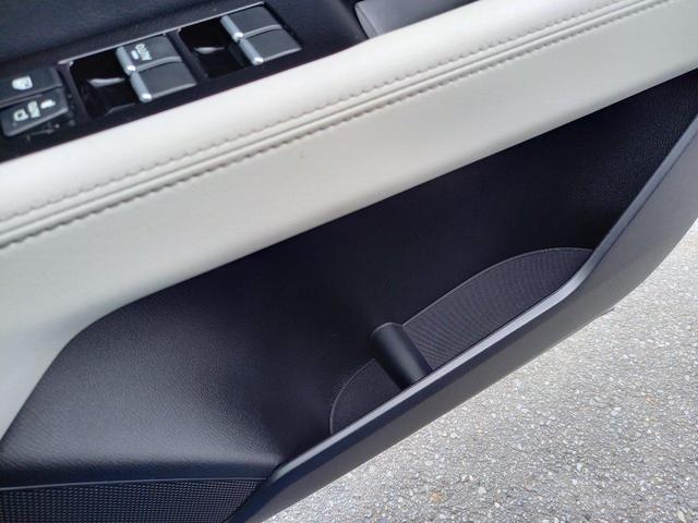 XD Lパッケージ レザーシート シートヒーター パワーバックドア ステアリングスイッチ アダプティブクルーズコントロール バックカメラ ETC フルオートエアコン パワーシート マツダコネクト(56枚目)