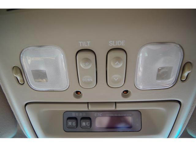 トヨタ ランドクルーザー100 シグナス最終型 革 サンルーフ フルオリジナル